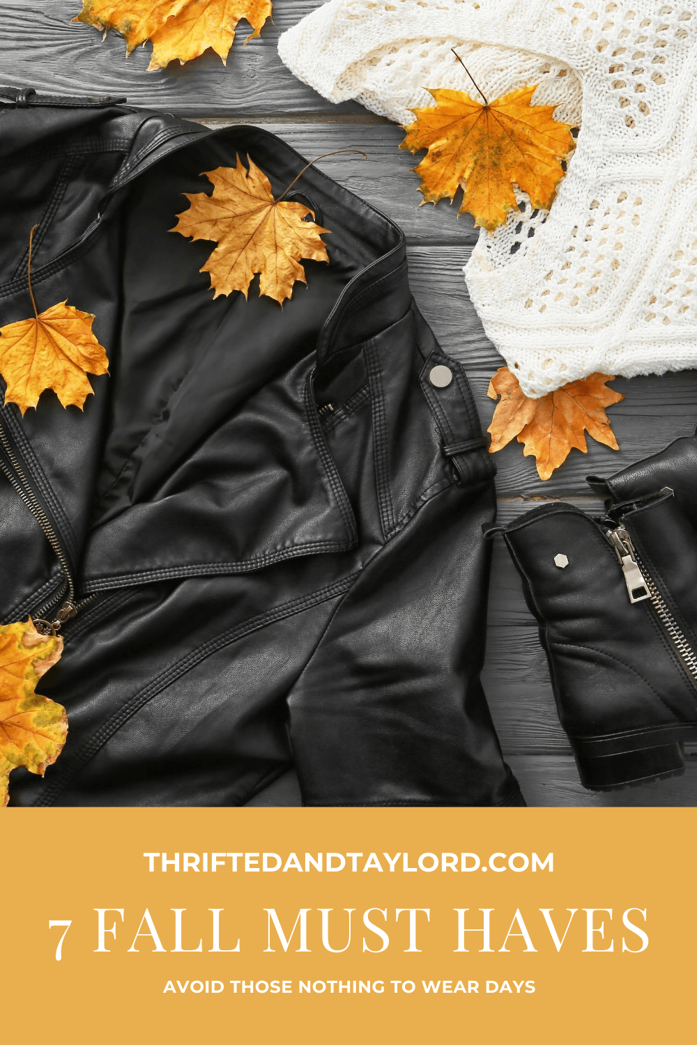 No one likes standing in front of their closet with that dreaded nothing to wear feeling. Check out these 7 fall must haves that will help you avoid that feeling and having your fall outfits looking super cute all season long!